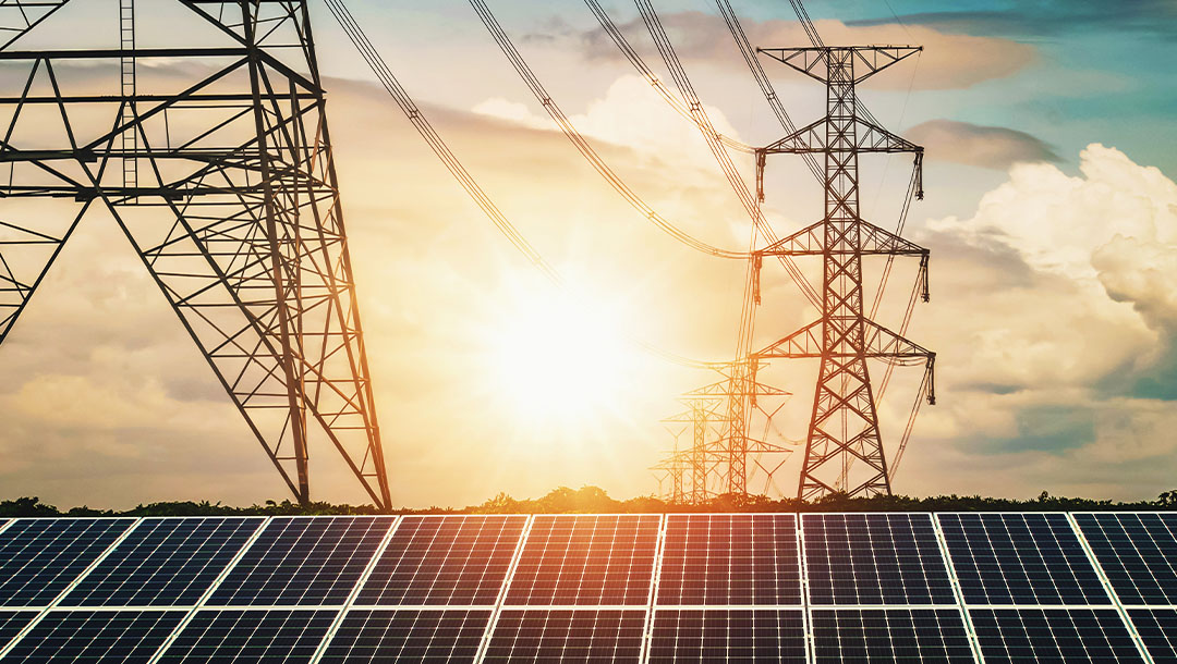 How Does A Solar Power System Work And What Are The Different Kinds Of Grids?